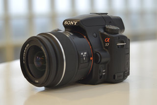 Sony Alpha A37 pictures and hands-on