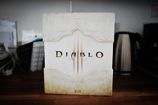 Diablo III collector's edition pictures and hands-on