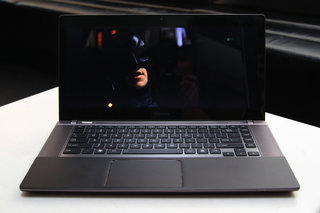 toshiba satellite u840w pictures and hands on image 8