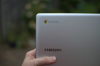 samsung chromebook series 5 550 pictures and hands on image 14