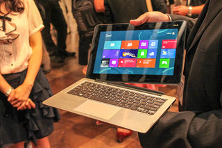 asus tablet 600 tablet 810 and transformer book pictures and hands on  image 13