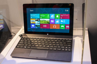 asus tablet 600 tablet 810 and transformer book pictures and hands on  image 9