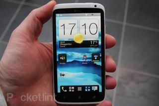 HTC One X hit by iPhone 4-like grip of death?