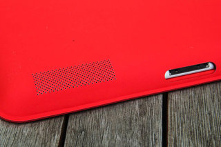 apple ipad smart case pictures and hands on image 7