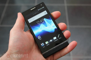 Sony Xperia S improves its music, album and movies apps and gets ICS update too