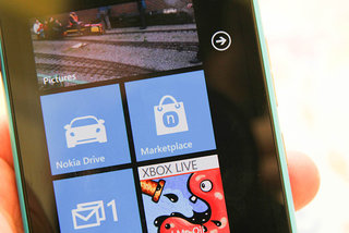 Microsoft has no plans to make own Windows Phone 8 smartphones