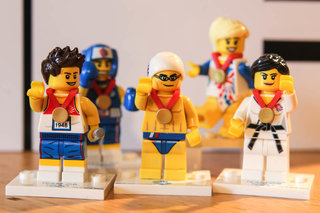 Lego Team GB minifigs pictures and hands-on
