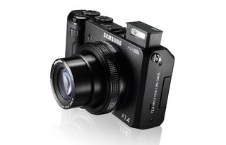 Samsung EX2F features f/1.4 lens and Wi-Fi