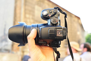 hands on panasonic lumix dmc fz200 review image 7