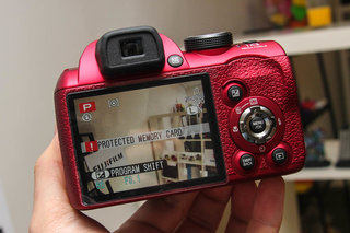 fujifilm finepix sl300 in red pictures and hands on image 3