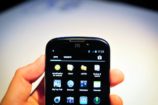 zte grand x pictures and hands on image 9