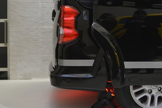 nissan nv200 london taxi pictures and hands on image 10