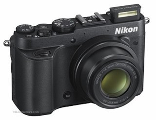 Nikon Coolpix P7700 press shots leaked
