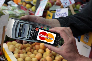 Everything Everywhere continues world domination plans with Mastercard partnership for NFC