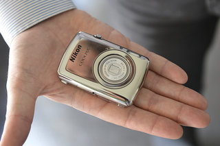 Nikon Coolpix S01 ultra compact camera pictures and hands-on
