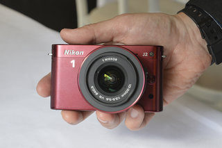 Nikon 1 J2 pictures and hands-on