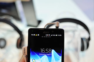 sony xperia t pictures and hands on image 6