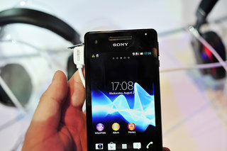 sony xperia v pictures and hands on image 6