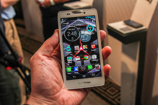 Motorola Droid Razr HD pictures and hands-on
