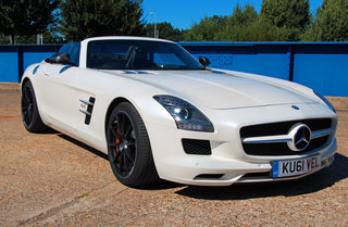 Mercedes-Benz SLS AMG Roadster pictures and hands-on