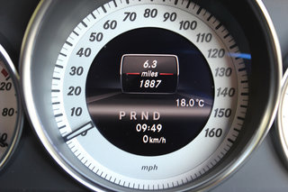 mercedes benz c220 cdi blueefficiency amg sport coupe pictures and hands on image 17