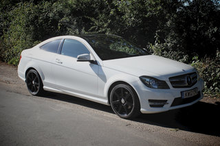 mercedes benz c220 cdi blueefficiency amg sport coupe pictures and hands on image 6