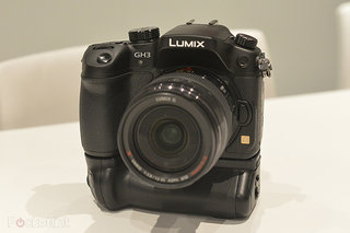 Panasonic Lumix GH3 official, weatherproofing, Wi-Fi, movie enhancements