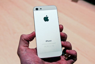 More than 2 million iPhone 5 pre-orders made in first 24 hours