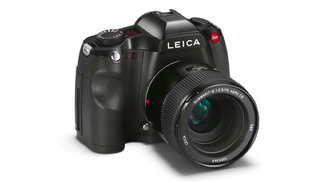 New Leica S medium format professional camera announced