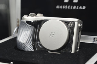 hasselblad lunar mirrorless system camera pictures and hands on image 7