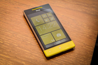 Windows Phone 8S by HTC pictures and hands-on