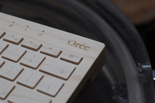 oree board wooden keyboard pictures and hands on image 3