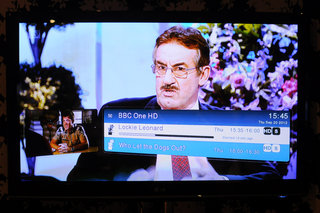 pure avalon 300r connect freeview hd pictures and hands on image 26