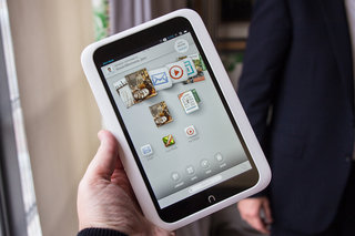 Barnes & Noble Nook HD 7-inch tablet pictures and hands-on