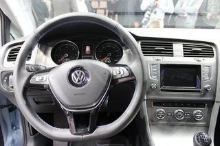 volkswagen golf vii pictures and hands on image 9