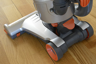 vax air3 multi cyclonic upright vacuum cleaner pictures and hands on image 5