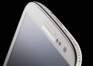 Crystal encrusted Samsung Galaxy S III Swarovski Edition by Amosu Couture