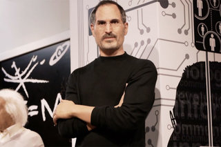 Steve Jobs waxwork figure revealed at Madame Tussauds Hong Kong (video)