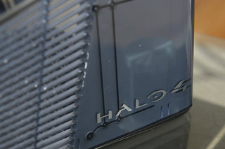 halo 4 xbox 360 limited edition console pictures and hands on image 3
