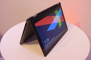 Lenovo IdeaPad Yoga pictures and hands-on