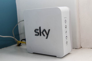 Sky Broadband Sky Hub pictures and hands-on