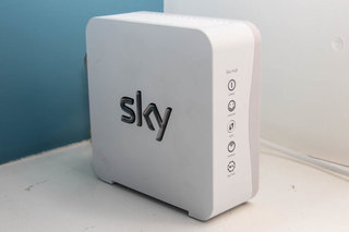 sky broadband sky hub pictures and hands on image 3