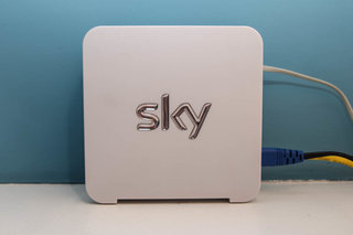 sky broadband sky hub pictures and hands on image 4