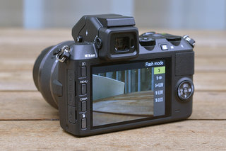 nikon 1 v2 pictures and hands on image 7