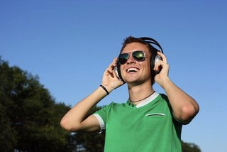 Apple plans online streaming radio service for early 2013