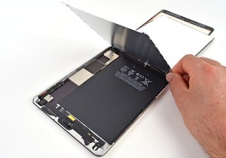 iPad mini gets the teardown treatment, features a Samsung screen and stereo speakers