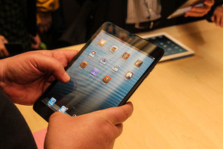 Three million iPad 4 and iPad minis sold in three days