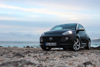 hands on vauxhall adam review image 14
