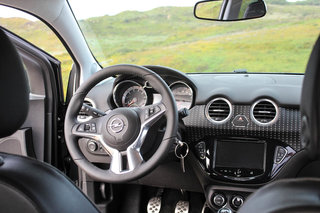 hands on vauxhall adam review image 32