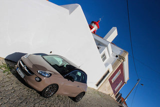 hands on vauxhall adam review image 4